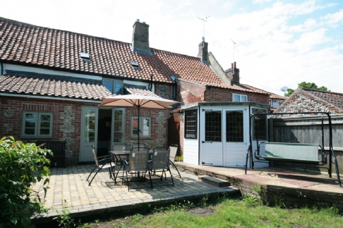 Melody Cottage Great Ryburgh, a traditional Norfolk holiday cottage to let