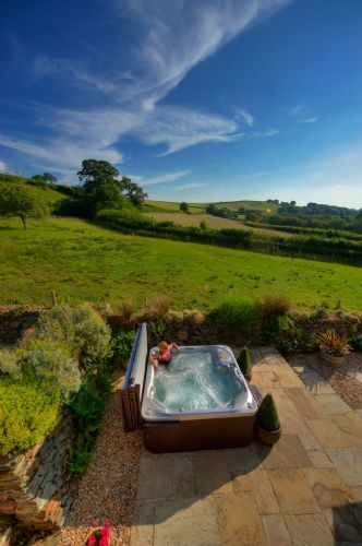 Upfront,up,front,reviews,accommodation,self,catering,rental,holiday,homes,cottages,feedback,information,genuine,trust,worthy,trustworthy,supercontrol,system,guests,customers,verified,exclusive,apple house,devon country barns,,,image,of,photo,picture,view