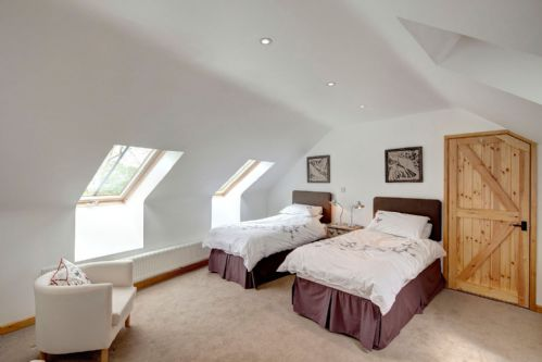Upfront,up,front,reviews,accommodation,self,catering,rental,holiday,homes,cottages,feedback,information,genuine,trust,worthy,trustworthy,supercontrol,system,guests,customers,verified,exclusive,dairy cottage,quay quarters,chichester,,image,of,photo,picture,view