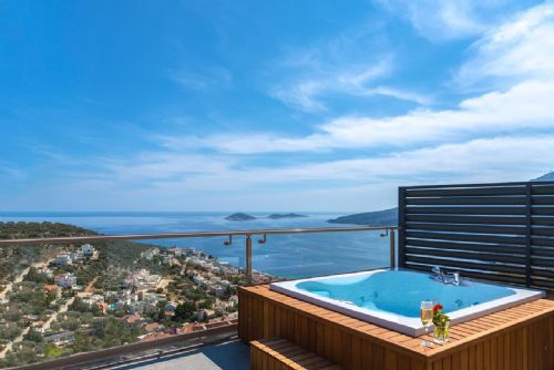 Upfront,up,front,reviews,accommodation,self,catering,rental,holiday,homes,cottages,feedback,information,genuine,trust,worthy,trustworthy,supercontrol,system,guests,customers,verified,exclusive,skyfall villa,olive tree travel,above kalamar road,,image,of,photo,picture,view