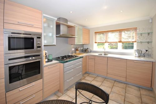 Reviews for 4 Chartwell Mews, Midhurst   Upfront Reviews