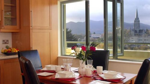 Upfront,up,front,reviews,accommodation,self,catering,rental,holiday,homes,cottages,feedback,information,genuine,trust,worthy,trustworthy,supercontrol,system,guests,customers,verified,exclusive,killarney,  park place apartments, highstreet, killarney, co.kerry - 2 bed - sleeps 4,relax ireland - the holiday home experts,killarney,,image,of,photo,picture,view