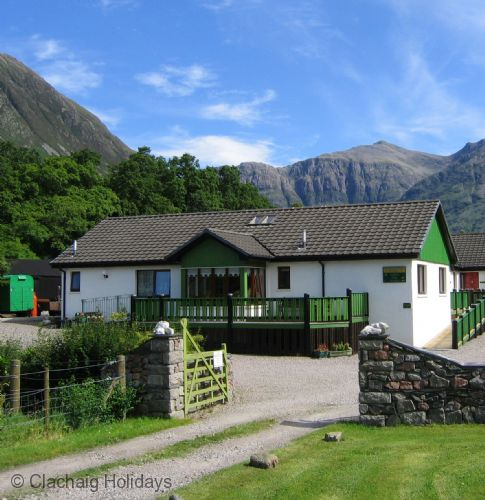 Upfront,up,front,reviews,accommodation,self,catering,rental,holiday,homes,cottages,feedback,information,genuine,trust,worthy,trustworthy,supercontrol,system,guests,customers,verified,exclusive,holly tree cottage,clachaig holidays,glencoe,,image,of,photo,picture,view