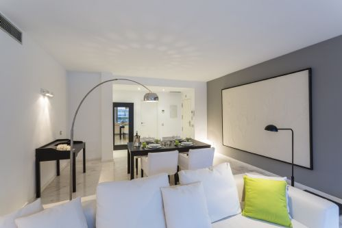 Upfront,up,front,reviews,accommodation,self,catering,rental,holiday,homes,cottages,feedback,information,genuine,trust,worthy,trustworthy,supercontrol,system,guests,customers,verified,exclusive,irb 1-1-4,apartments in ibiza international limited,ibiza town,,image,of,photo,picture,view