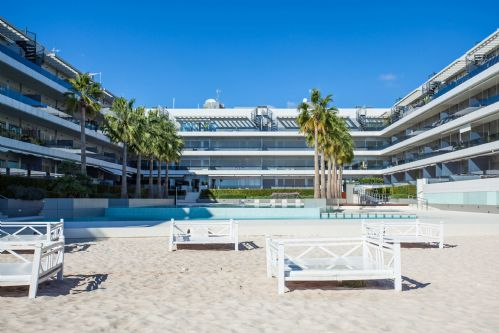 Upfront,up,front,reviews,accommodation,self,catering,rental,holiday,homes,cottages,feedback,information,genuine,trust,worthy,trustworthy,supercontrol,system,guests,customers,verified,exclusive,irb 2-1-0,apartments in ibiza international limited,ibiza town,,image,of,photo,picture,view