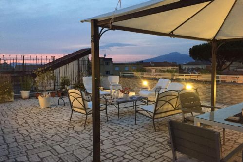 Upfront,up,front,reviews,accommodation,self,catering,rental,holiday,homes,cottages,feedback,information,genuine,trust,worthy,trustworthy,supercontrol,system,guests,customers,verified,exclusive,penthouse margherita,my rental homes,sant'agnello,,image,of,photo,picture,view