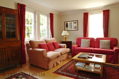 Blackfriars Apt -Lounge