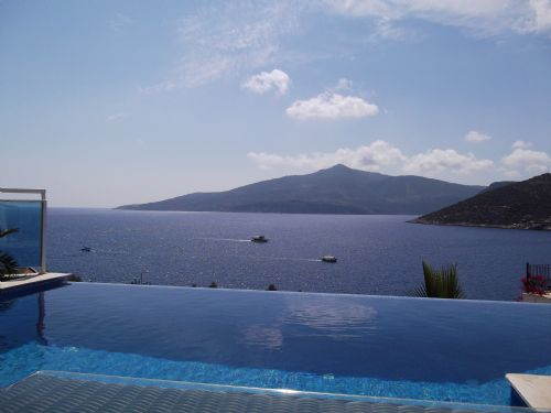 Upfront,up,front,reviews,accommodation,self,catering,rental,holiday,homes,cottages,feedback,information,genuine,trust,worthy,trustworthy,supercontrol,system,guests,customers,verified,exclusive,mercan villa,olive tree travel,komurluk,,image,of,photo,picture,view