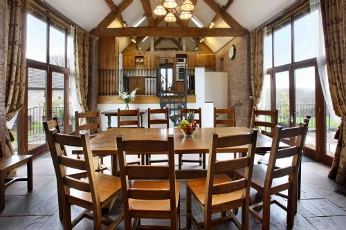 Upfront,up,front,reviews,accommodation,self,catering,rental,holiday,homes,cottages,feedback,information,genuine,trust,worthy,trustworthy,supercontrol,system,guests,customers,verified,exclusive,holt barn,holt farm holiday cottages,herefordshire,,image,of,photo,picture,view