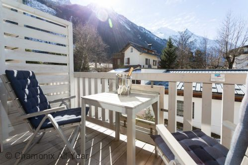 Upfront,up,front,reviews,accommodation,self,catering,rental,holiday,homes,cottages,feedback,information,genuine,trust,worthy,trustworthy,supercontrol,system,guests,customers,verified,exclusive,sauberands 18 apartment,chamonix all year ltd,chamonix,,image,of,photo,picture,view