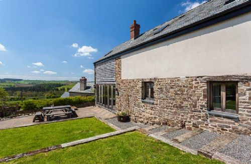 Upfront,up,front,reviews,accommodation,self,catering,rental,holiday,homes,cottages,feedback,information,genuine,trust,worthy,trustworthy,supercontrol,system,guests,customers,verified,exclusive,barn cottage,mornacott cottages,south molton, devon,,image,of,photo,picture,view