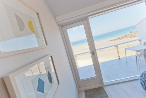 Upfront,up,front,reviews,accommodation,self,catering,rental,holiday,homes,cottages,feedback,information,genuine,trust,worthy,trustworthy,supercontrol,system,guests,customers,verified,exclusive,14 barnaloft,cherished cottages ltd,st ives,,image,of,photo,picture,view