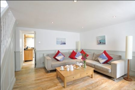 Upfront,up,front,reviews,accommodation,self,catering,rental,holiday,homes,cottages,feedback,information,genuine,trust,worthy,trustworthy,supercontrol,system,guests,customers,verified,exclusive,seaside house,cherished cottages ltd,st ives,,image,of,photo,picture,view