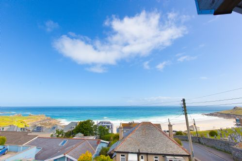 Upfront,up,front,reviews,accommodation,self,catering,rental,holiday,homes,cottages,feedback,information,genuine,trust,worthy,trustworthy,supercontrol,system,guests,customers,verified,exclusive,westholme,cherished cottages ltd,st ives,,image,of,photo,picture,view
