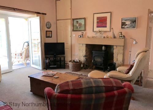 Upfront,up,front,reviews,accommodation,self,catering,rental,holiday,homes,cottages,feedback,information,genuine,trust,worthy,trustworthy,supercontrol,system,guests,customers,verified,exclusive,burn bank cottage,stay northumbria limited,belford,,image,of,photo,picture,view