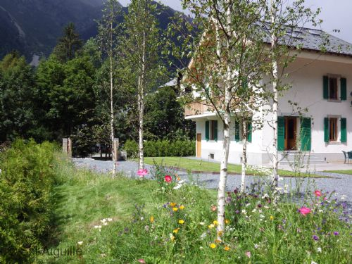 Upfront,up,front,reviews,accommodation,self,catering,rental,holiday,homes,cottages,feedback,information,genuine,trust,worthy,trustworthy,supercontrol,system,guests,customers,verified,exclusive,penthouse apartment, chalet oryx,ski aiguille,chamonix,,image,of,photo,picture,view