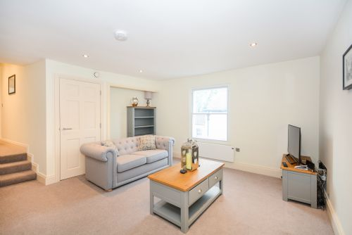 Upfront,up,front,reviews,accommodation,self,catering,rental,holiday,homes,cottages,feedback,information,genuine,trust,worthy,trustworthy,supercontrol,system,guests,customers,verified,exclusive,minster's keep- stylish apartment near york minster,york boutique lets,york ,,image,of,photo,picture,view