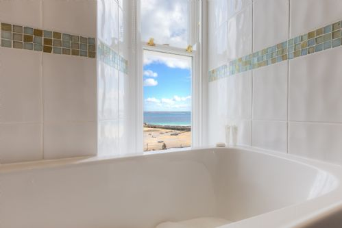 Upfront,up,front,reviews,accommodation,self,catering,rental,holiday,homes,cottages,feedback,information,genuine,trust,worthy,trustworthy,supercontrol,system,guests,customers,verified,exclusive,4 barnoon terrace,cherished cottages ltd,st ives,,image,of,photo,picture,view