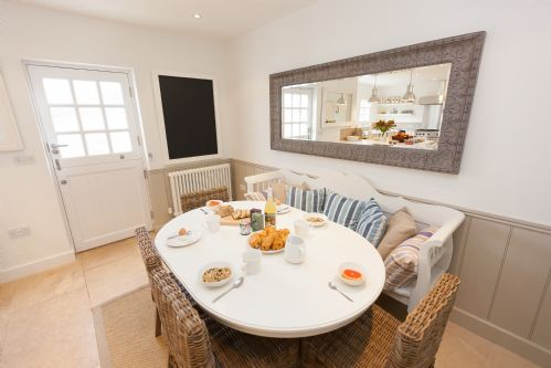 Upfront,up,front,reviews,accommodation,self,catering,rental,holiday,homes,cottages,feedback,information,genuine,trust,worthy,trustworthy,supercontrol,system,guests,customers,verified,exclusive,mariners townhouse,cherished cottages ltd,st ives,,image,of,photo,picture,view