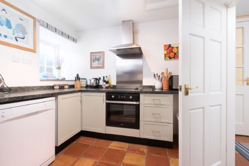 Upfront,up,front,reviews,accommodation,self,catering,rental,holiday,homes,cottages,feedback,information,genuine,trust,worthy,trustworthy,supercontrol,system,guests,customers,verified,exclusive,the garden cottage,my favourite cottages,torrington, ,,image,of,photo,picture,view