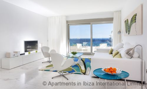 Upfront,up,front,reviews,accommodation,self,catering,rental,holiday,homes,cottages,feedback,information,genuine,trust,worthy,trustworthy,supercontrol,system,guests,customers,verified,exclusive,ibiza royal beach flores,apartments in ibiza international limited,ibiza town,,image,of,photo,picture,view