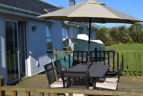 Upfront,up,front,reviews,accommodation,self,catering,rental,holiday,homes,cottages,feedback,information,genuine,trust,worthy,trustworthy,supercontrol,system,guests,customers,verified,exclusive,saint helens village, rosslare harbour, co.wexford - 3 bed - sleeps 6 rl201,relax ireland - the holiday home experts,rosslare harbour,,image,of,photo,picture,view