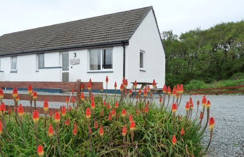 Upfront,up,front,reviews,accommodation,self,catering,rental,holiday,homes,cottages,feedback,information,genuine,trust,worthy,trustworthy,supercontrol,system,guests,customers,verified,exclusive,alan's house,islands and highlands cottages,staffin,,image,of,photo,picture,view