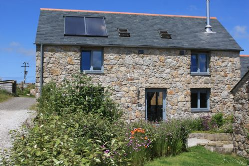 Upfront,up,front,reviews,accommodation,self,catering,rental,holiday,homes,cottages,feedback,information,genuine,trust,worthy,trustworthy,supercontrol,system,guests,customers,verified,exclusive,nion the ash house,little white alice,,,image,of,photo,picture,view