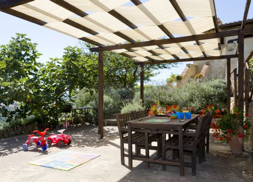 Baby Friendly Holidays at Alsagra- L'Alba