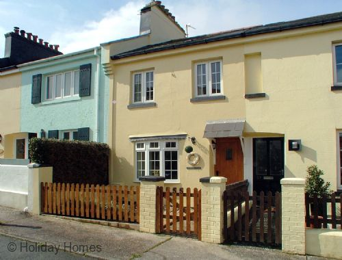Coastguard Cottage Paignton - Charming Character Cottage