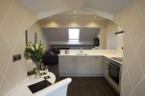 ELLETSON SUITE, Superior 2nd floor Penthouse, Poulton, Near Blackpool, Lancashire