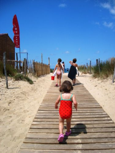 Baby Friendly Holidays at Biscarrosse Apartment