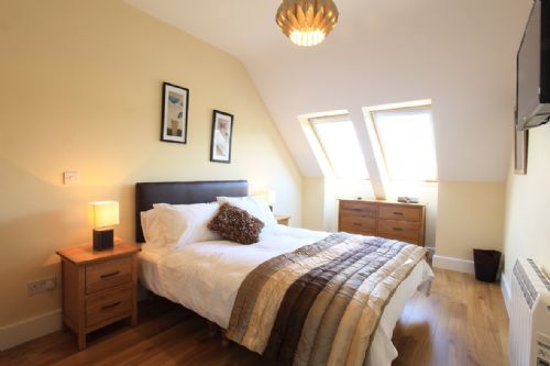 Upfront,up,front,reviews,accommodation,self,catering,rental,holiday,homes,cottages,feedback,information,genuine,trust,worthy,trustworthy,supercontrol,system,guests,customers,verified,exclusive,leabhar beag,kenmare rentals.com,kenmare,,image,of,photo,picture,view