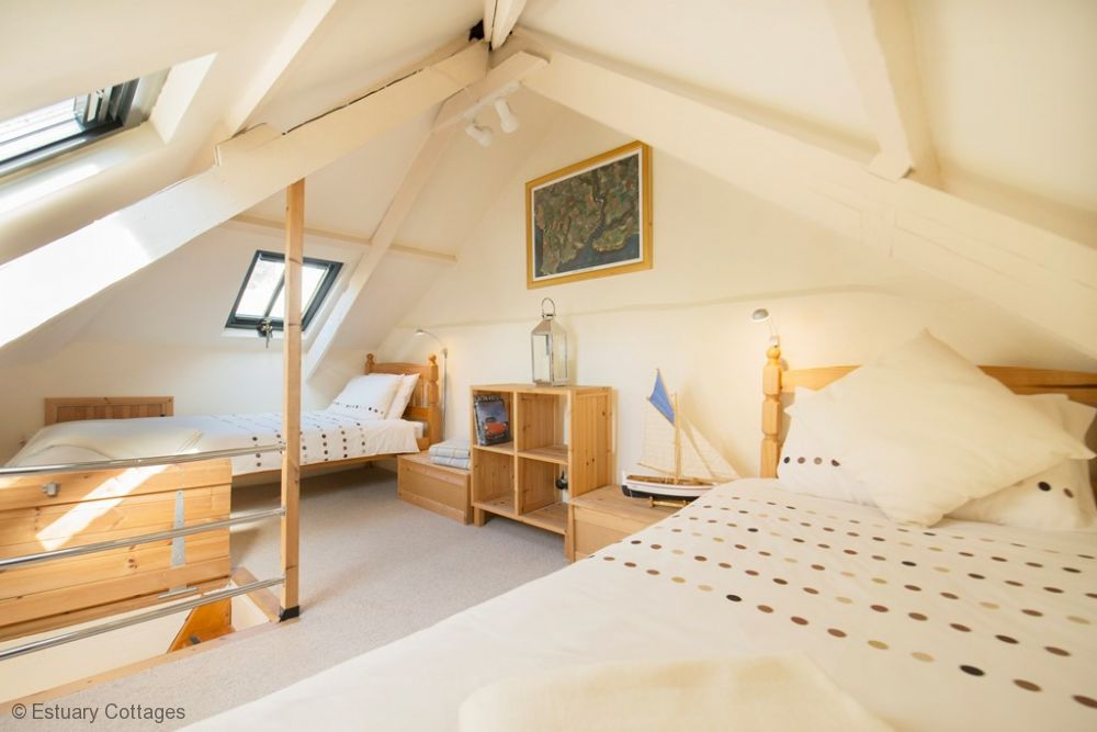 Attic room with twin beds