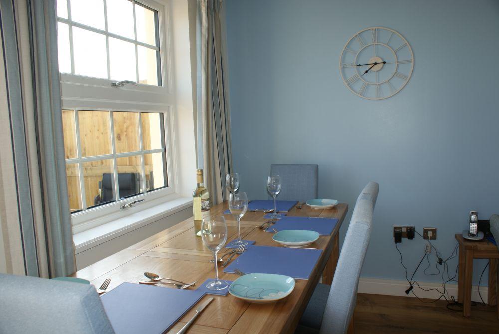 Seascape; Portscatho; Dinning Table