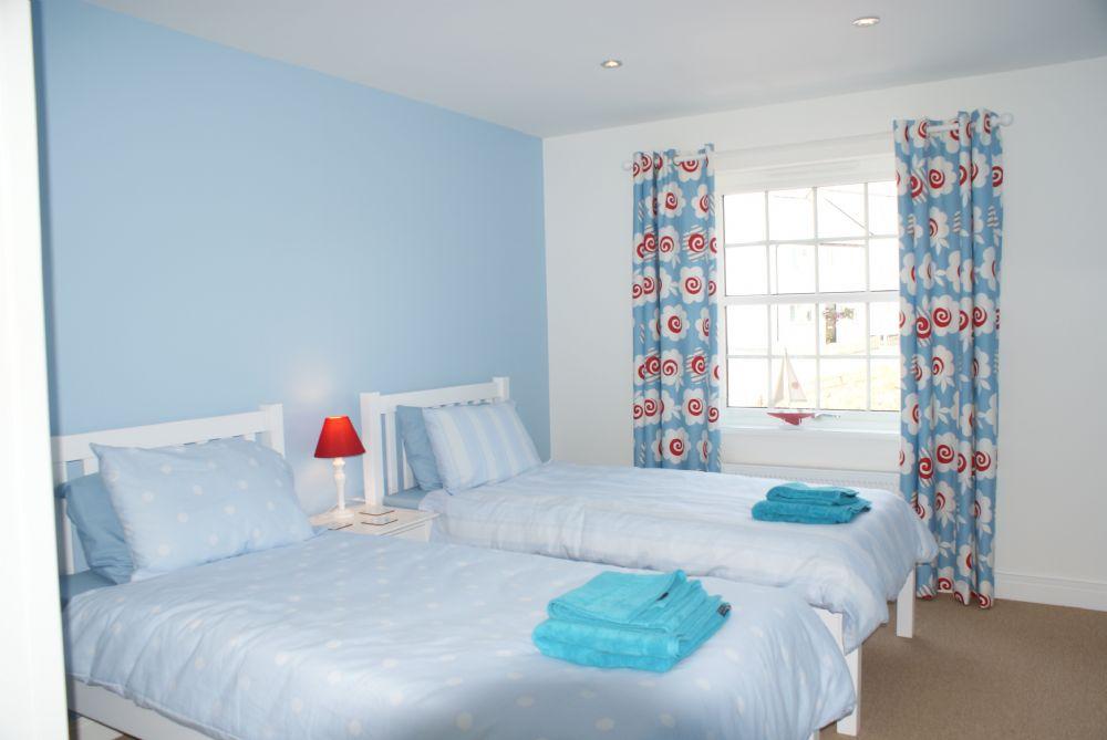 Seascape; Portscatho; Twin Bedroom