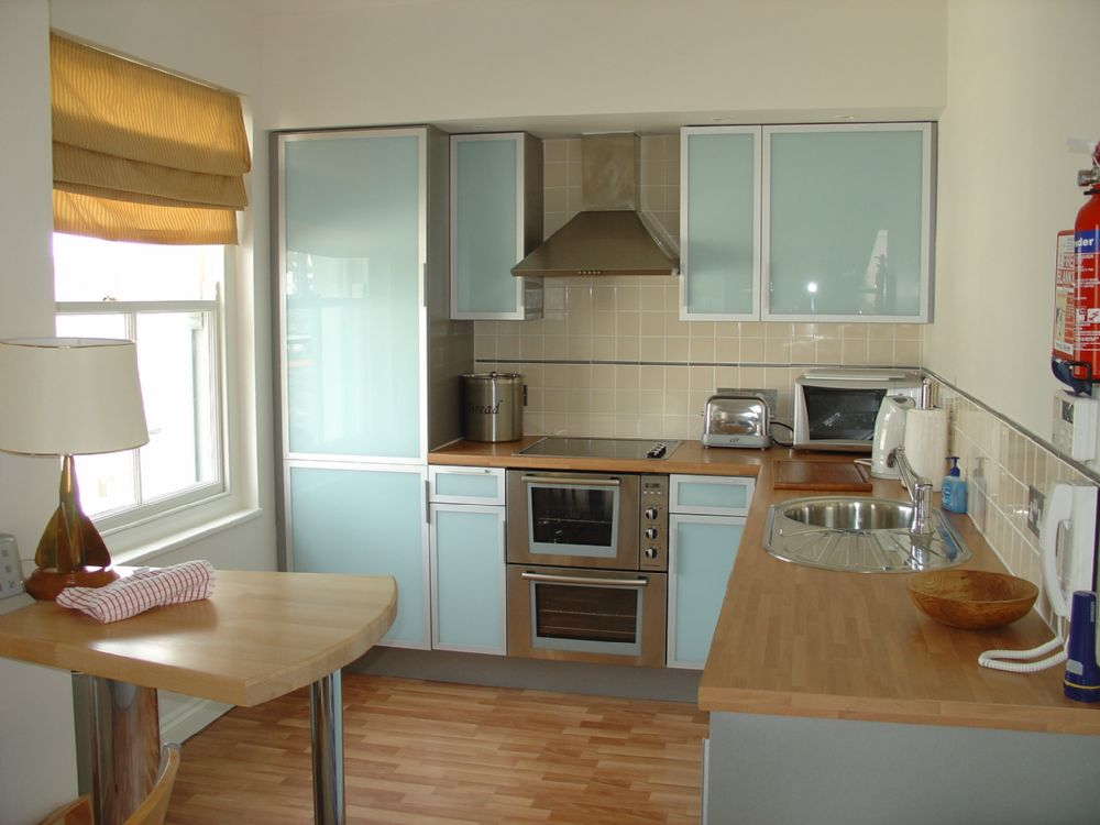 Helm; St Mawes; Kitchen II