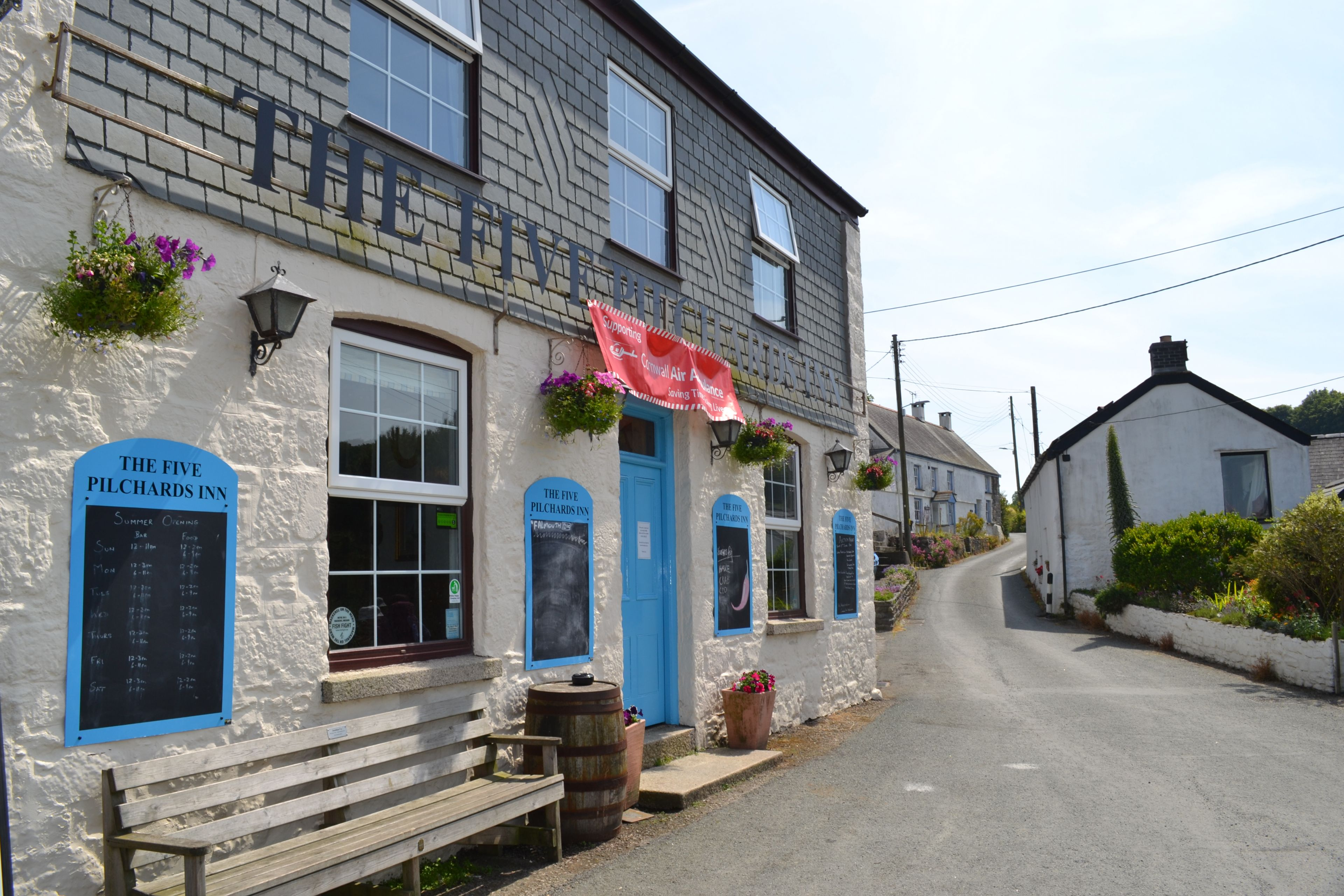 The Five Pilchards Pub at Porthallow