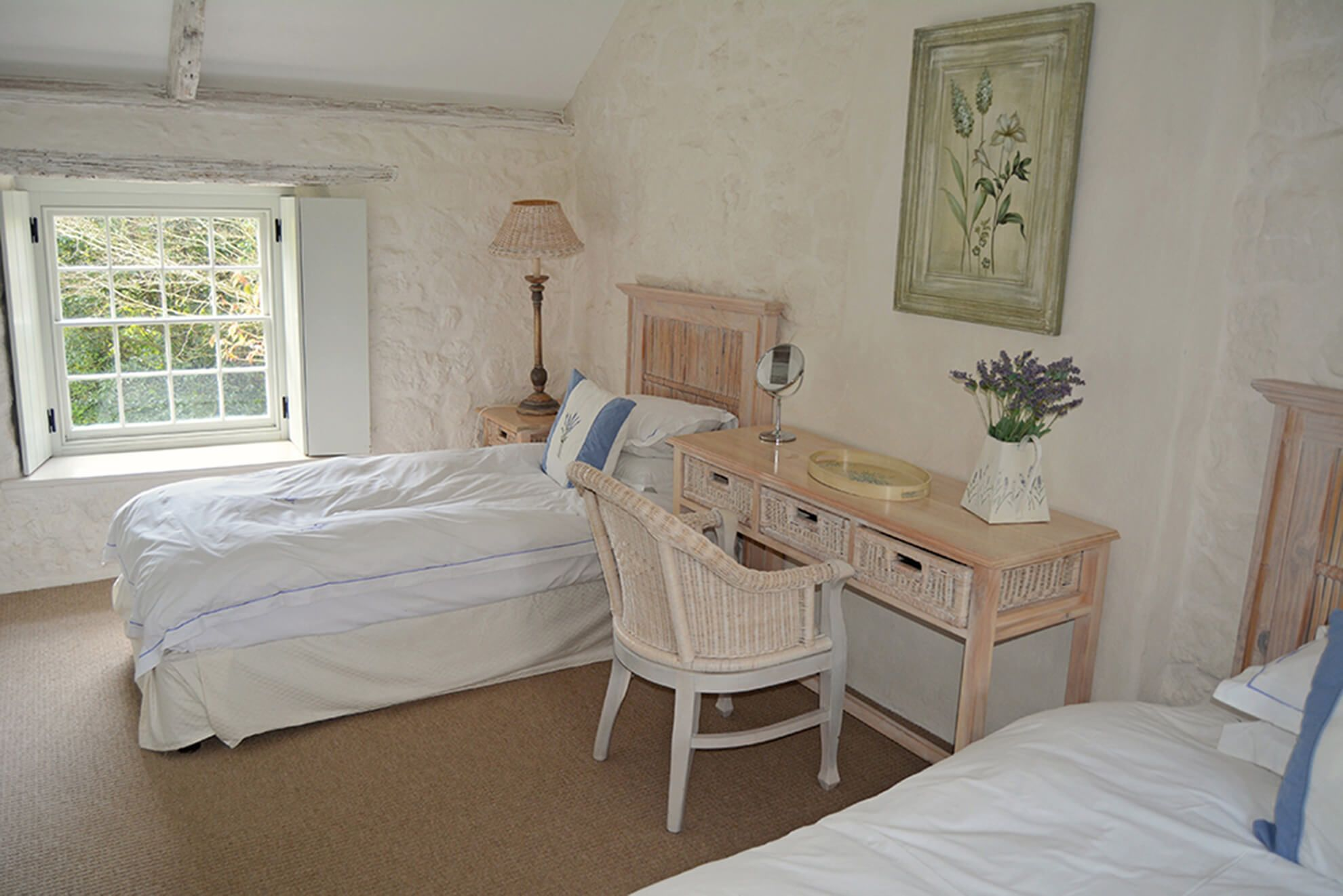 First floor: Twin bedroom with 3' beds, vaulted ceiling and adjoining bathroom
