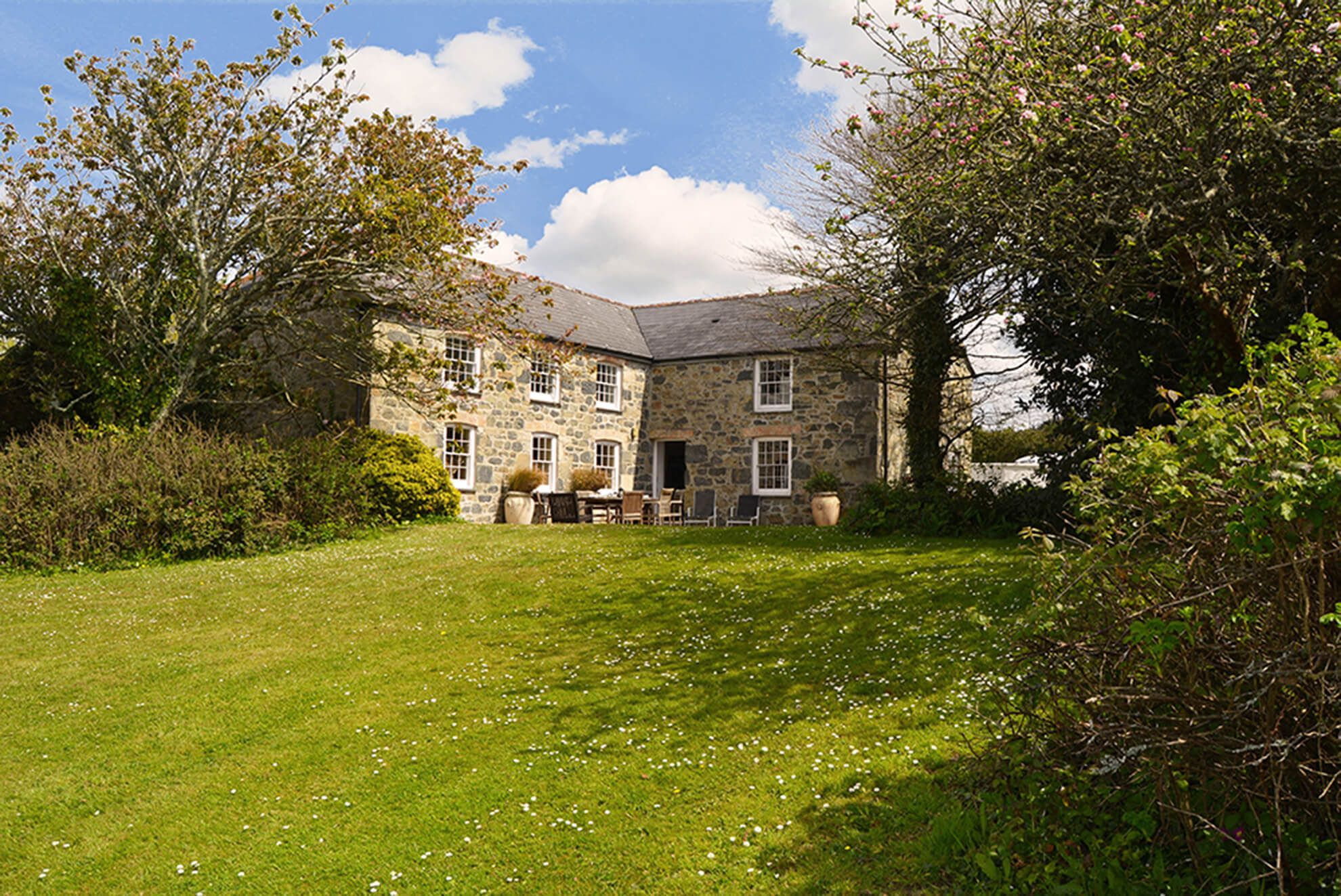 Bonython Manor Farmhouse, sleeping 10,  is a wonderful place for a get-together - and to get-away