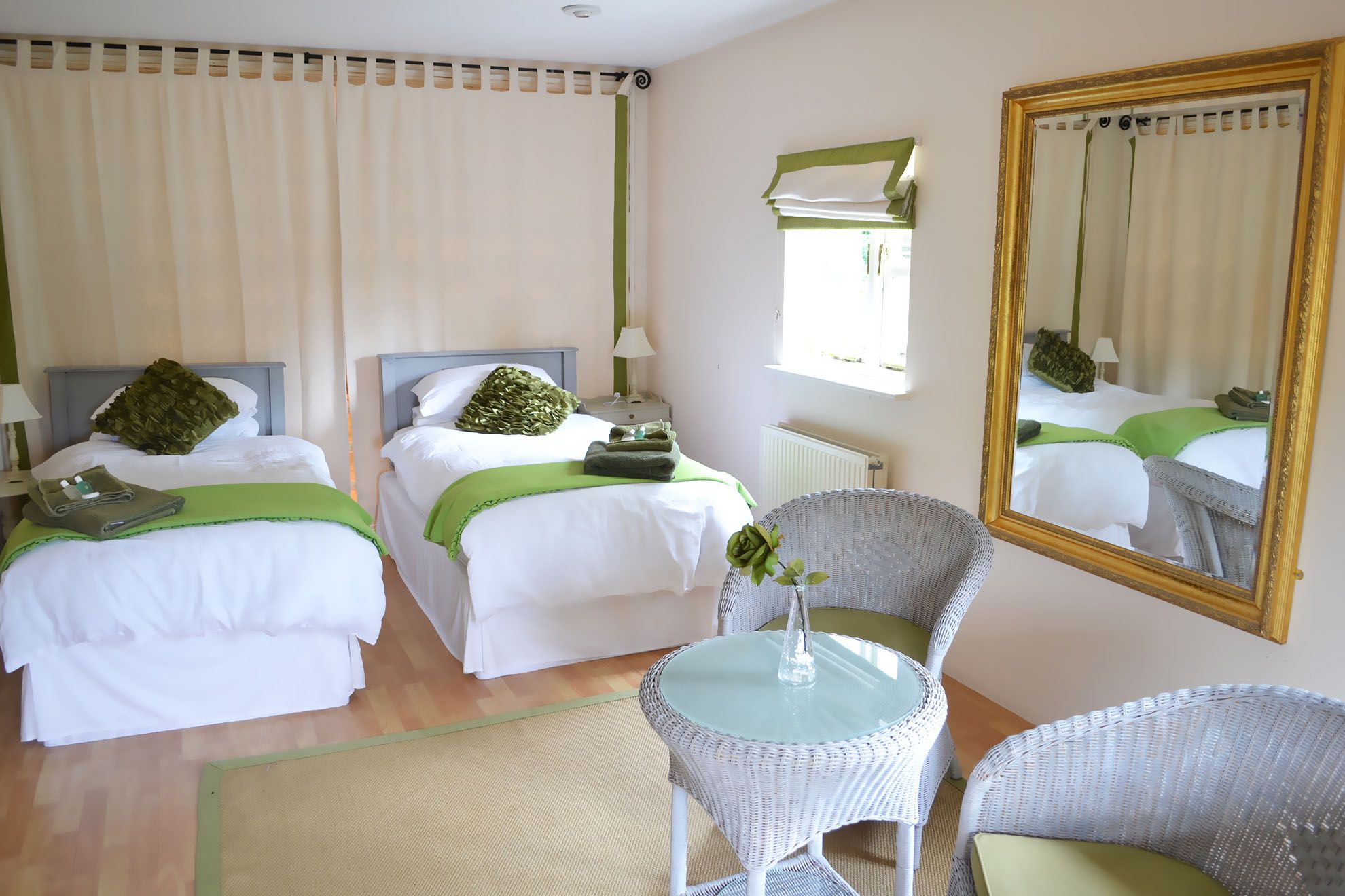 The Barn ground floor: Double bedroom with 6' zip and link bed with sauna