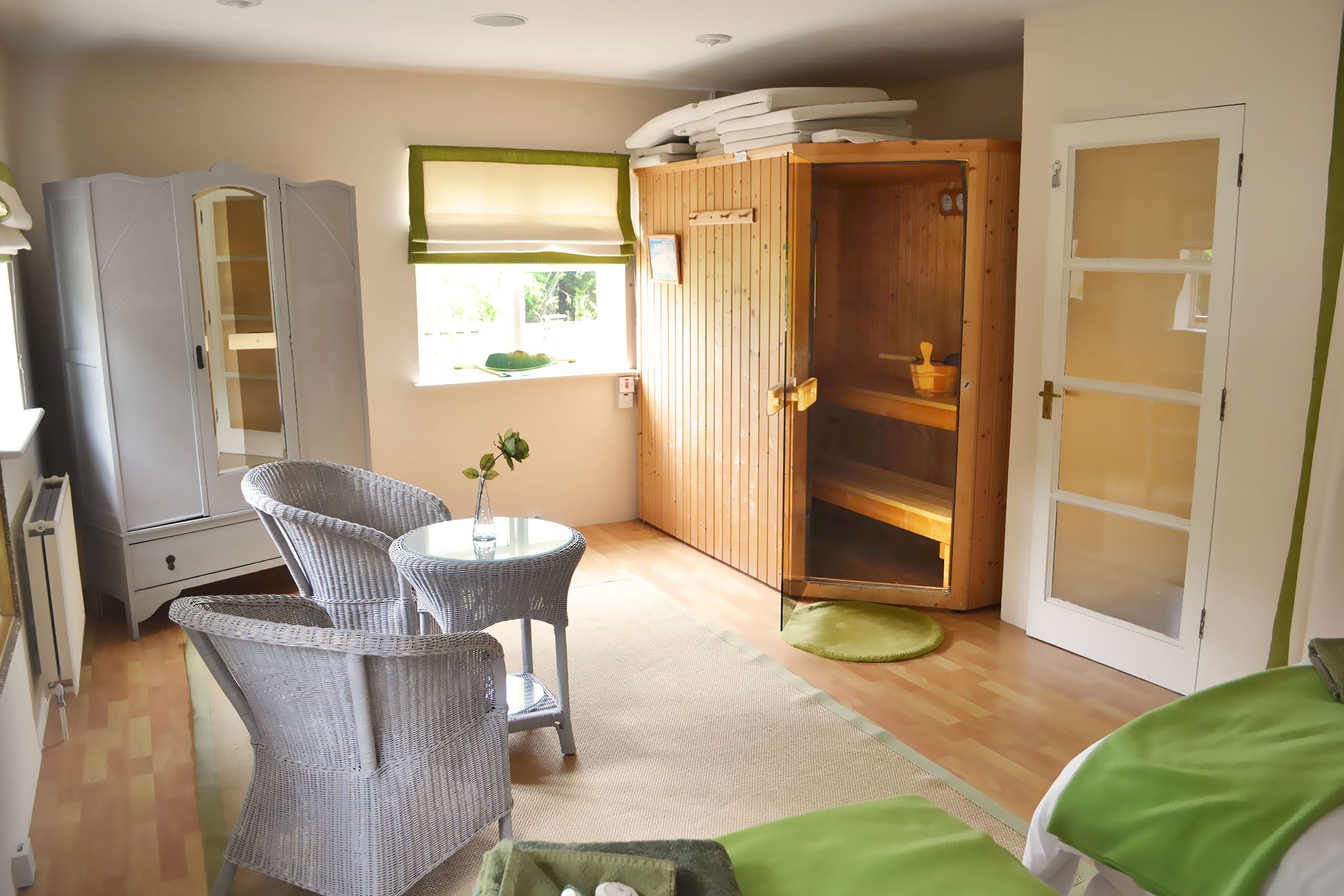The Barn ground floor: Double bedroom with 6' zip and link bed and sauna