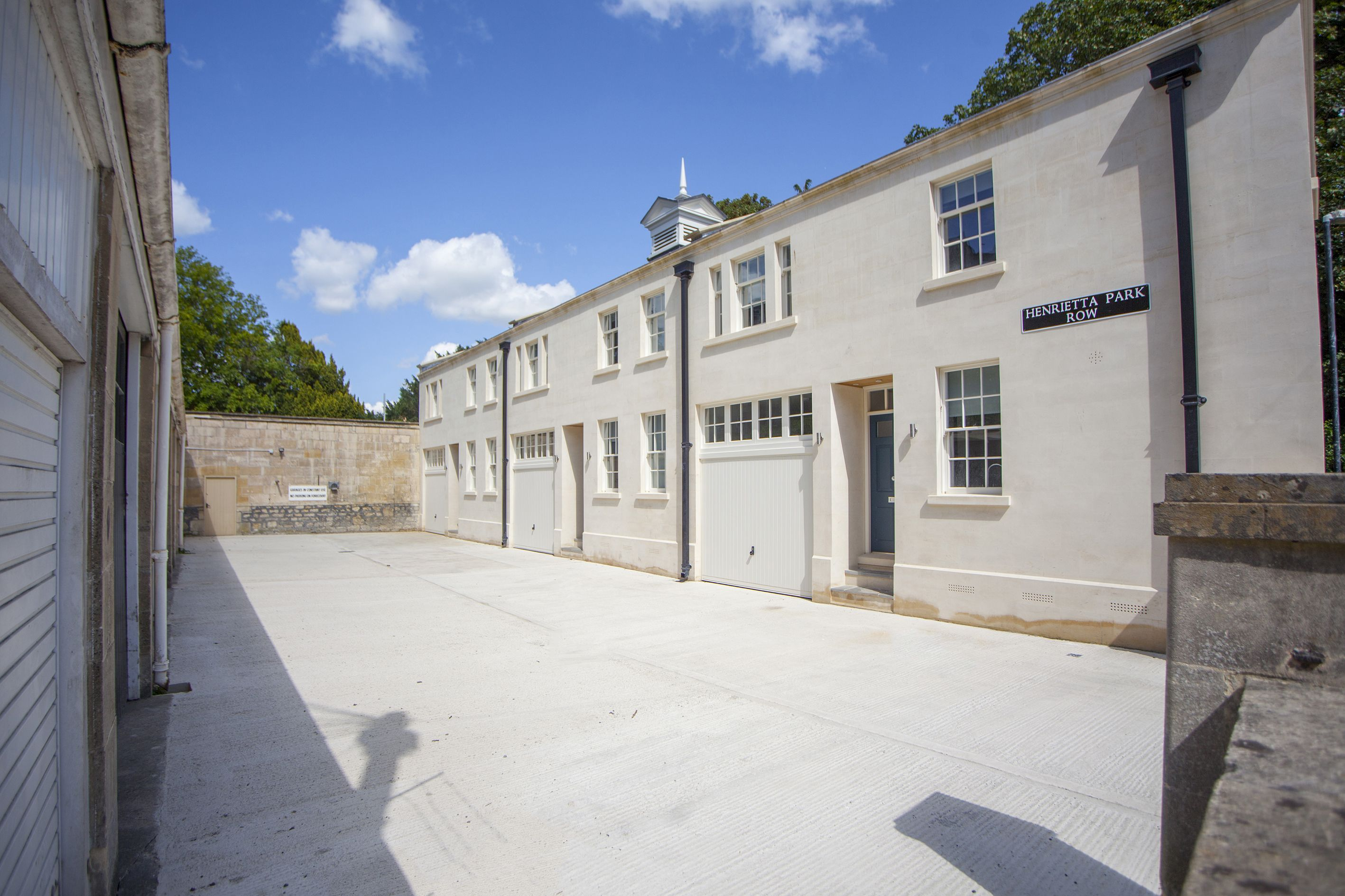 Park Row Mews house with garage parking