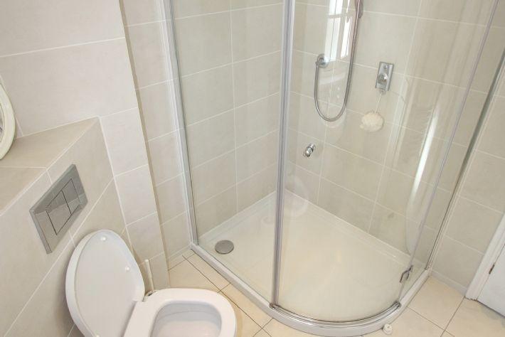 Bathoom on first floor