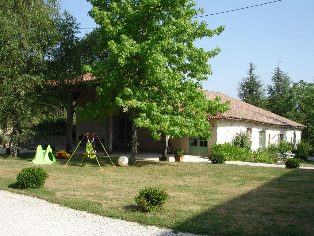 La maison de maitre whole rental villamade lot et for Maison en aquitaine