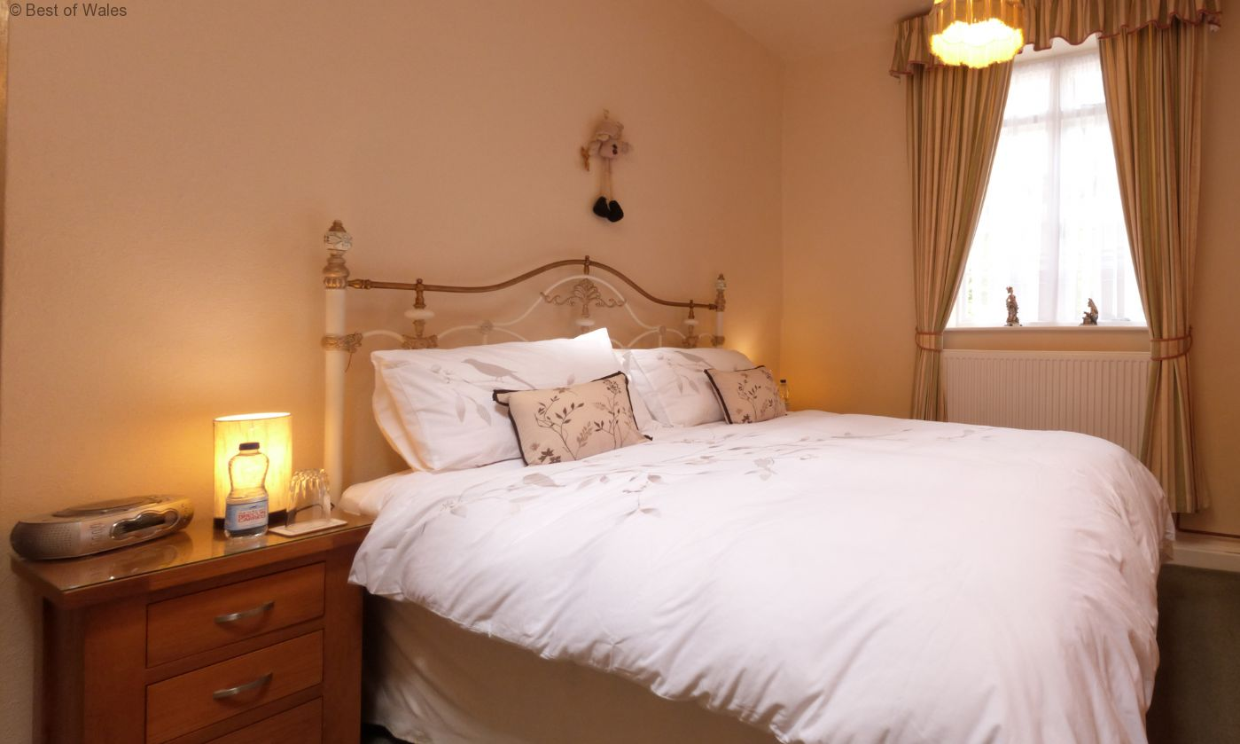 Self Catering Barmouth Cottage