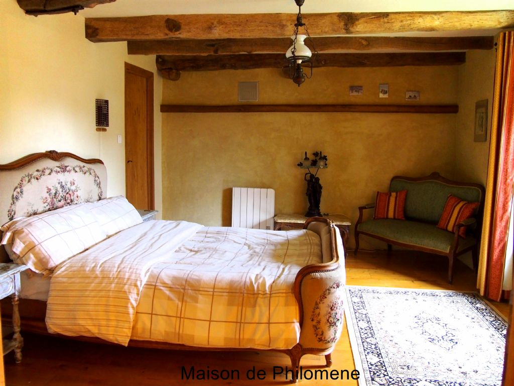 Maison de philomene st mayeux brittany france baby for Chambre walk in