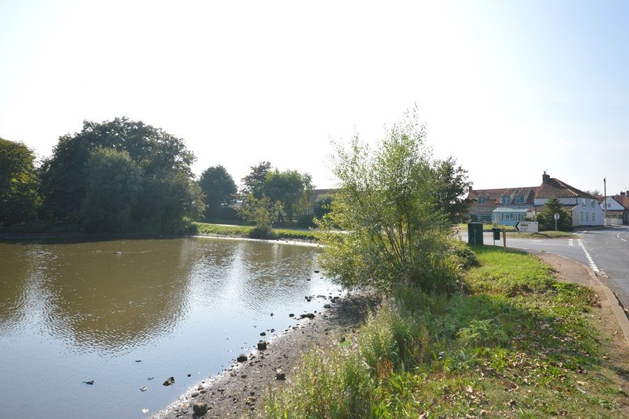 Norfolk holiday cottage to rent in stanhoe the old stores for Pond retailers