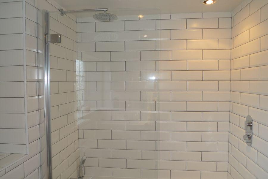 Sexton's Place   Bathroom shower