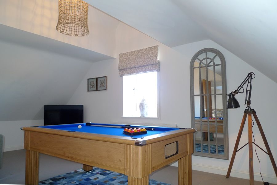 Willow Lodge for 8 plus 2 | Pool table